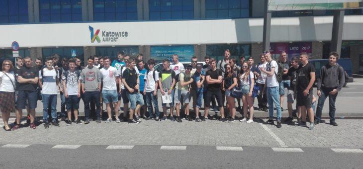 Wizyta na lotnisku w Pyrzowicach – nasi chłopcy najlepsi!!!